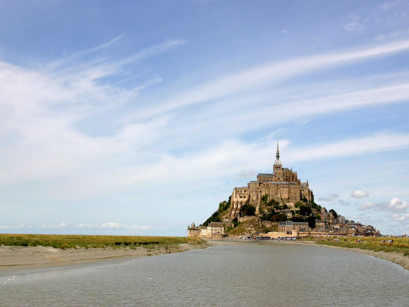 海とモンサンミッシェル ワイド 高画質 写真無料壁紙素材